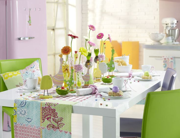 Spring Dining Area Decor