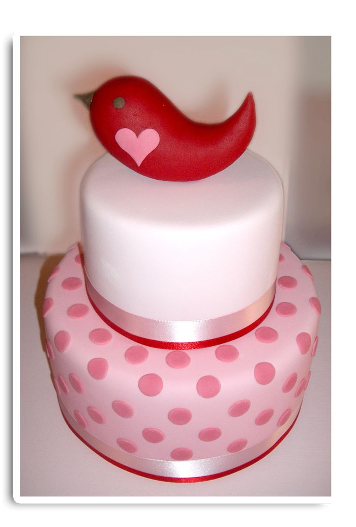 One more bird & it´s the perfect valentine´s cake!