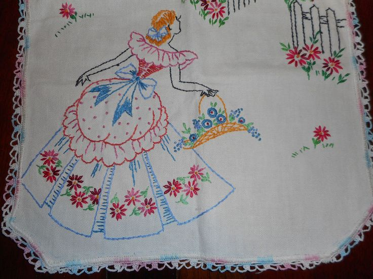Vintage Linen Table Runner Embroidered Southern Belle Fence Crochet Lace 13 x 39 #EmbroideredSouthernBells