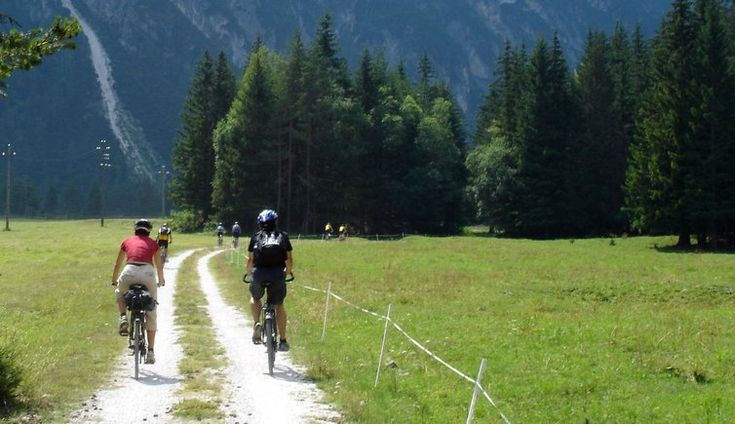 Percorso mountain bike da Dobbiaco a Cortina d'Ampezzo - Escursione in bici Valle di Landro