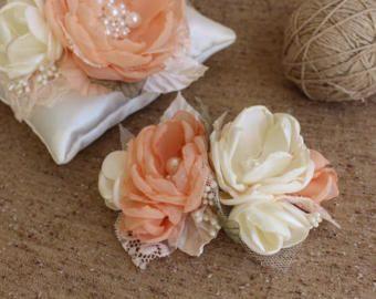 Peach ivory flowers,Bridal flower hairpiece,Peach Wedding Hair Piece,Ivory Cream Peach green Hair Flowers,Bridal fascinator,Brida Hair Comb