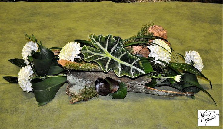 Funeral flowers,Hanna Kontturi