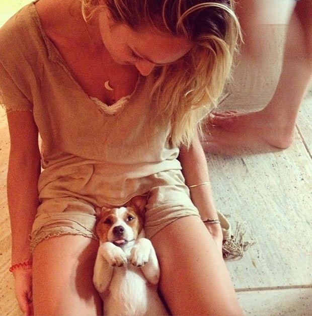 La envidia de muchos: el perro de Candice Swanepoel