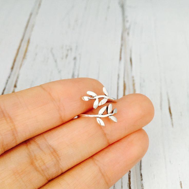 Silver Toe Ring - Wraparound Leaf