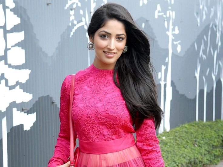 Gorgeous Yami Gautam Latest HD Walpapers New Photos Free Images
