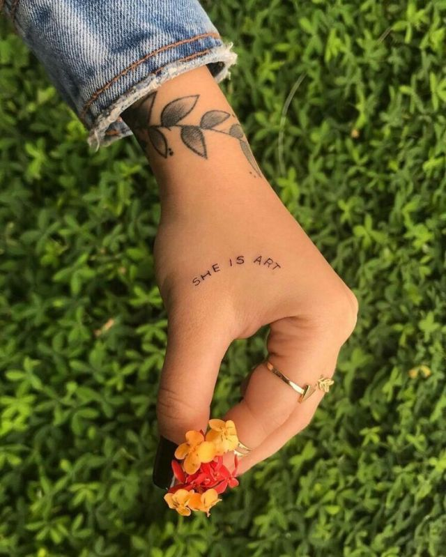54 Charming Tiny Finger Tattoos Ideas   – Sommer 2019