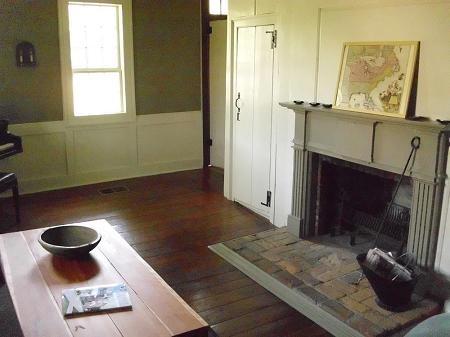 Best Historic Paint Colors Images On Pinterest Paint Colors - Country house interior paint colors
