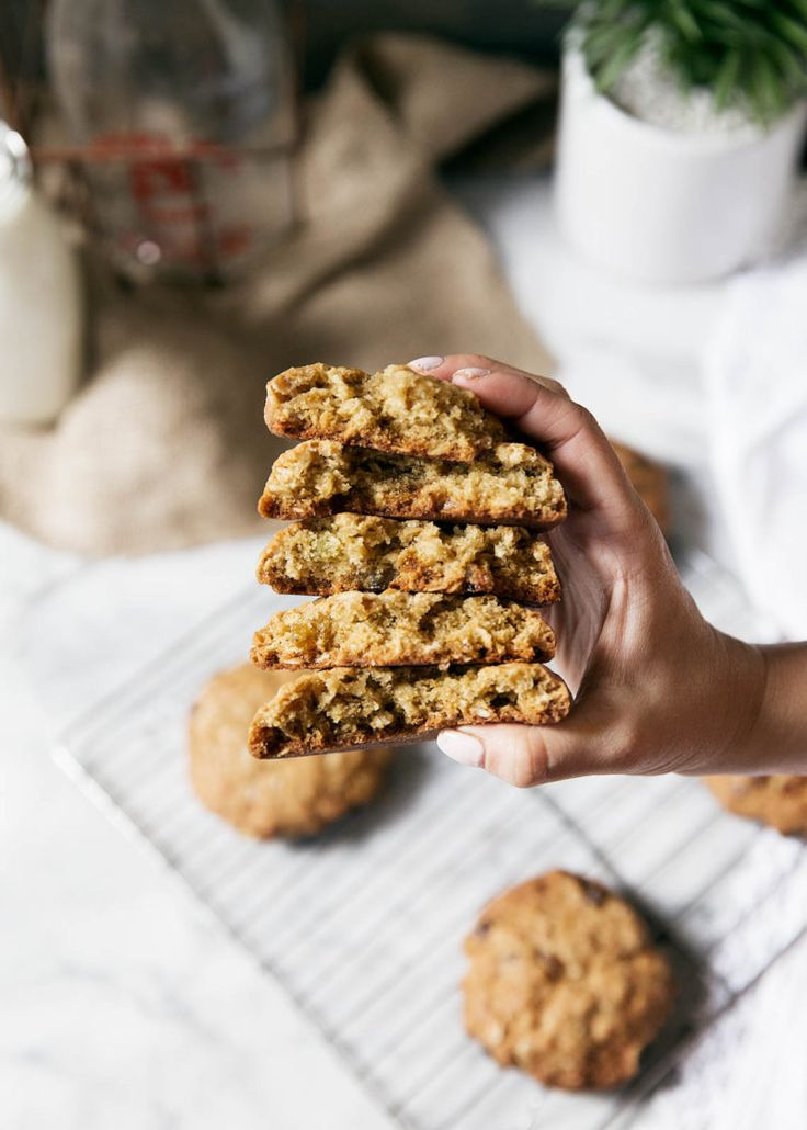 { golden raisin cardamom oatmeal cookies }