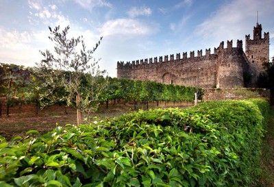 Castello di Passirano Franciacorta, Lombardia, Brescia