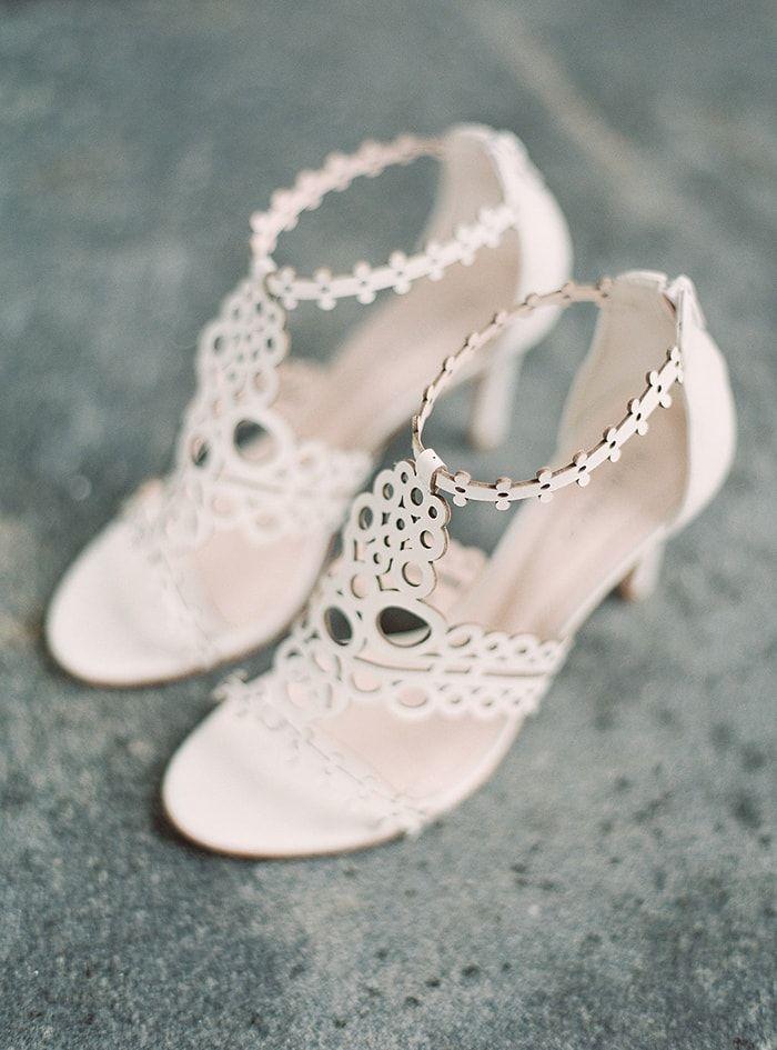 Off White, Unique Bridal Shoes. #weddingshoes #weddingaccessories