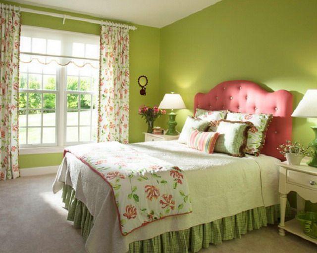Зеленые обои в интерьере кухни и спальни, гостиной и детской: сочетание на фото и выбор подходящих штор