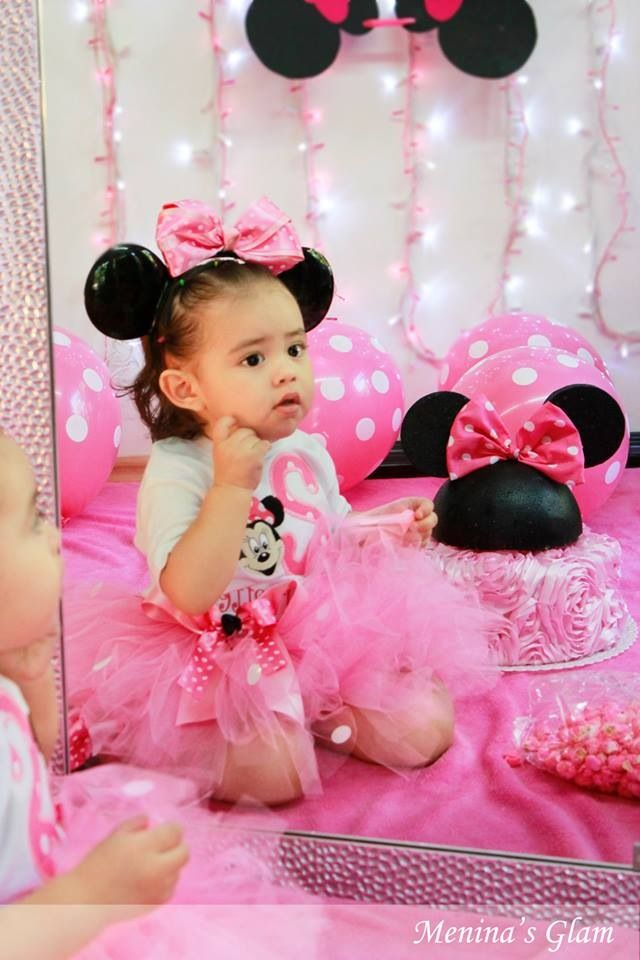 Minnie Mouse Photoshoot Idea Birthday Party Minnie Mouse