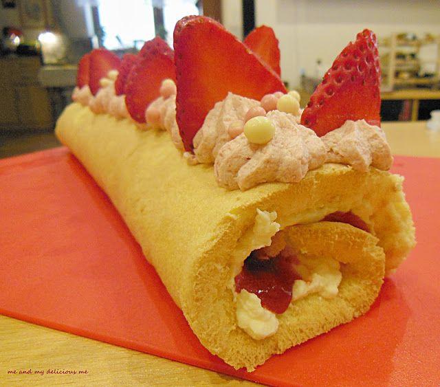 Me and my delicious me: Vanilková roláda s vanilkovým a jahodovým krémem