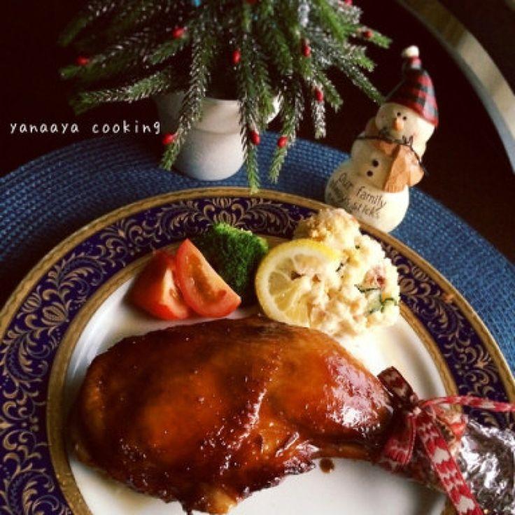 黄金比♡漬け込んで焼くだけ我が家のクリスマスチキン♡ by AYA / 昼漬け込んで夜オーブンで焼くだけ♡我が家ではこのクリスマスチキンレッグ、イベント以外でも普通におかずとしてよく作ります♪( ´▽`)子ども達は手羽元や手羽先で、鶏ももやムネ肉でも全然OK!まとめて全部漬け込んで、焼くだけ!何回も何回も作っているので都度調味料や隠し味を変えて、落ち着いたレシピです♡ / Nadia