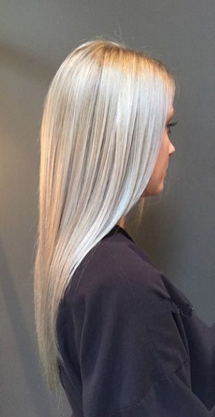 Seriously obsessed with this silver blonde hair color – platinum and the super extreme shades are high maintenance but so chic. Hair color by Alexander Campeotto.