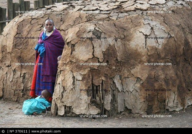 http://www.photaki.com/picture-masai-ethnic_370611.htm