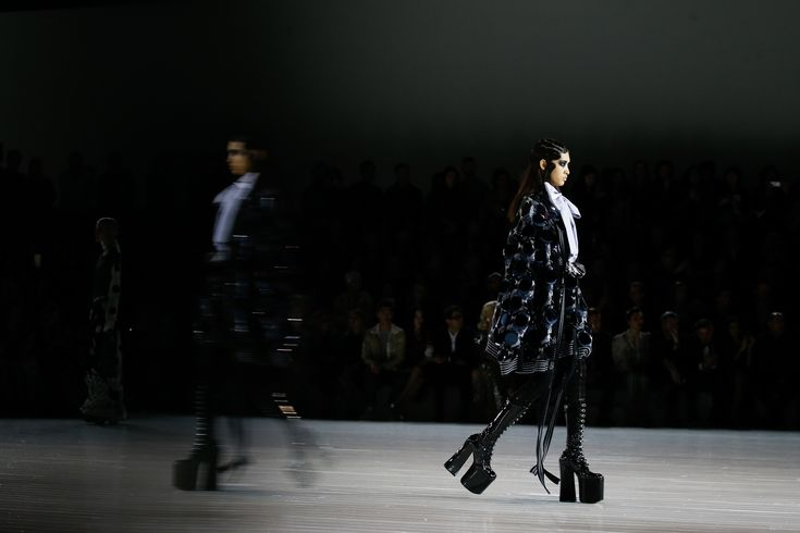 Marc Jacobs Fall 2016 Ready-to-Wear Fashion Show Atmosphere