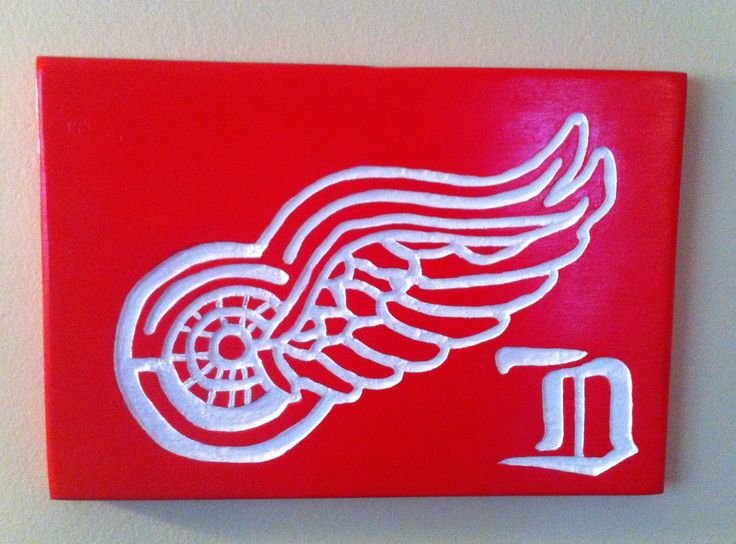 Hand Carved Logo of Detroit Red Wings