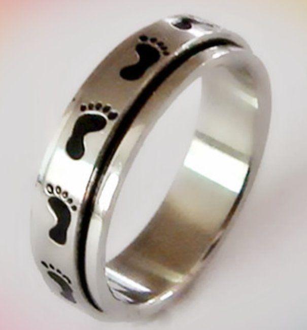 Footprints Stainless Steel Spinner Ring Black Enamel Footprint Silver Size 6-9