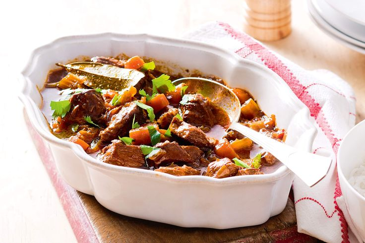 This slow-cooker beef with tomato chutney has been especially designed for ease and comfort.