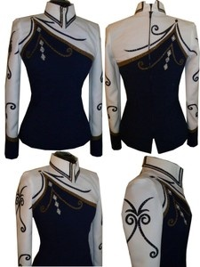 Reminds me of a marching band uniform! :D Also it would be AWESOME if we could have it...