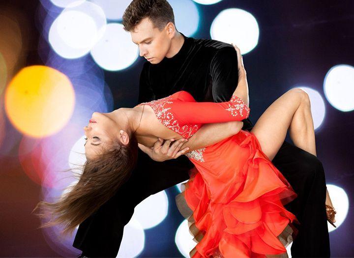 Oktatás Kupon - 50% kedvezménnyel - Oktatás - 8 hetes, kezdő szintű tánctanfolyamok a Kék Duna Tánciskolában, most ingyenes videó tananyaggal 4.990 forintért!.