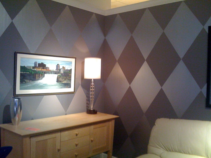 Purple Harlequin Diamonds Base Paint Was Painted In Flat Finish And Diamonds In Satin To Give