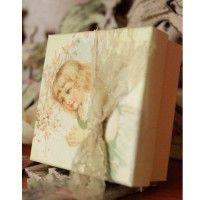 Μπομπονίερα βάπτισης κουτάκι χάρτινο με vintage κοριτσάκι.    #vintage_vaptisi #vaptisi_vintage #vintage #vaptisi