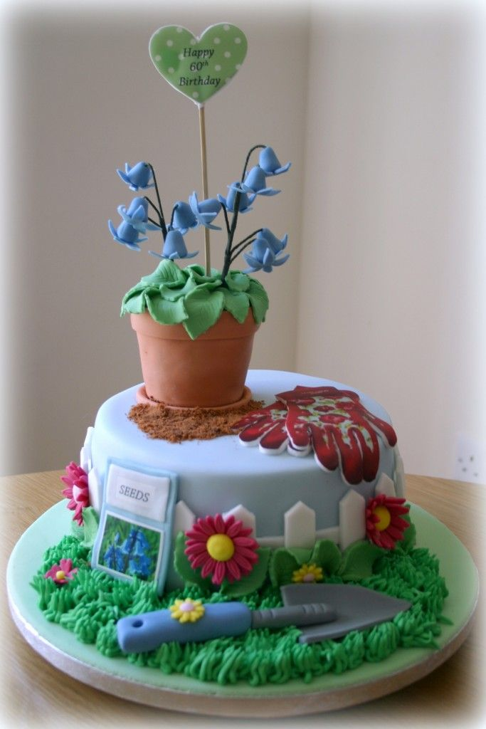 Bluebell flower pot gardening cake www.sweet-nothings.co.uk