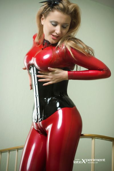 1863 Best Best Of Latex Images On Pinterest  Latex Girls, Sexy Latex And Latex Fashion-6614