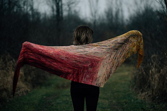 Dramatic or what??  Find Your Fade by Andrea Mowry ($ on Ravelry)
