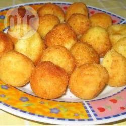 Bolinha de queijo de liquidificador @ allrecipes.com.br