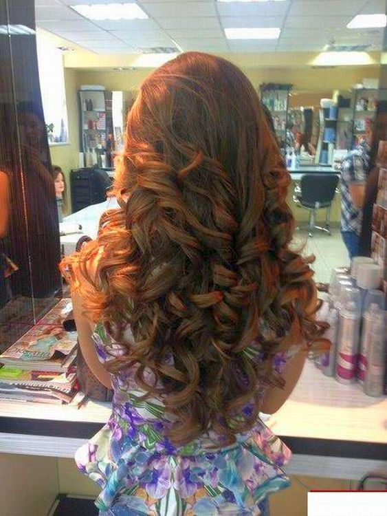 Thst tumble of luxurious barrel curls, so sexy and do feminine... Imagine he was you guy!
