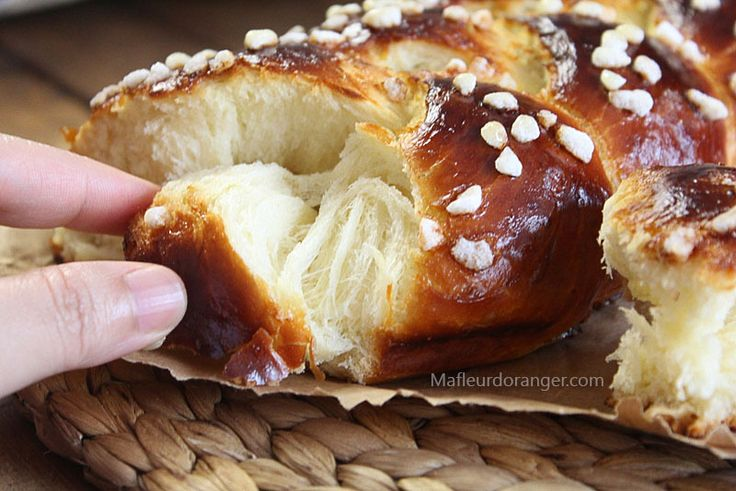 Brioche tress e ma fleur d 39 oranger bread pastry pinterest brioche breads and braided bread - Kitchenaid challah ...