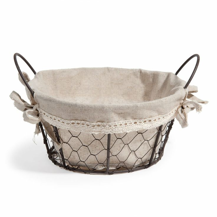 Bric-à-Brac round basket