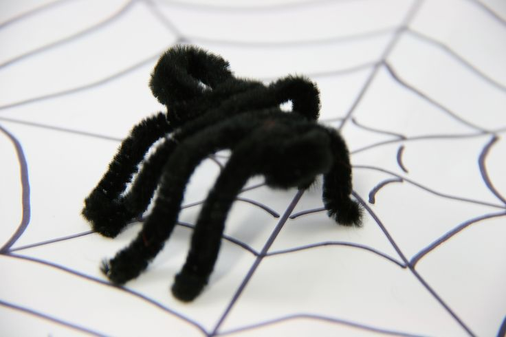 how to make cool things out of pipe cleaners