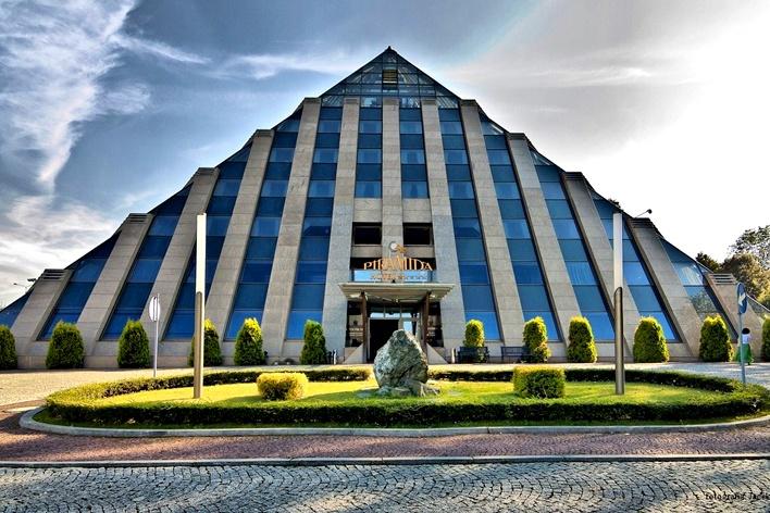 Tychy: 2-4 dni dla dwojga w luksusowym Hotelu Piramida Spa & Wellness*****  http://travel.groupon.pl/d-17871720-Wyzyna-Slaska-Tychy