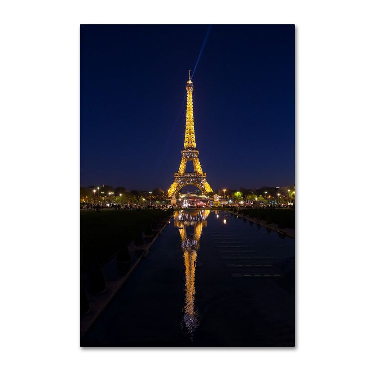 Robert Harding Picture Library 'Eiffel Tower 9' Canvas Art