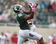 Stock Report: Michigan State's passing game shines, running game doesn't 10/2415