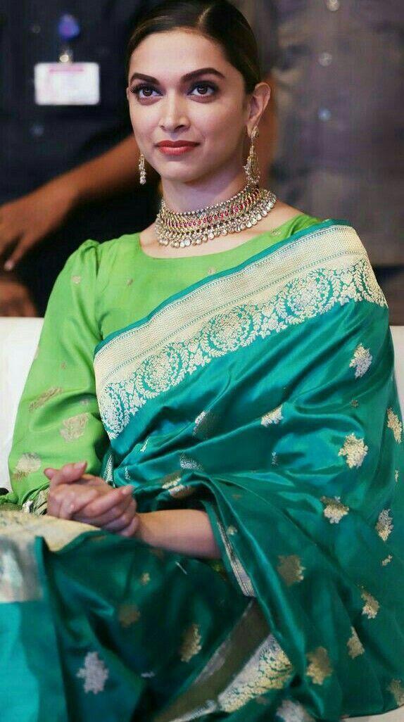 Deepika Padukone Looks Gorgeous In Green Banarasi Saree At Padmavati Promotion Royalsari Onl Deepika Padukone Saree Deepika In Saree Deepika Padukone Style