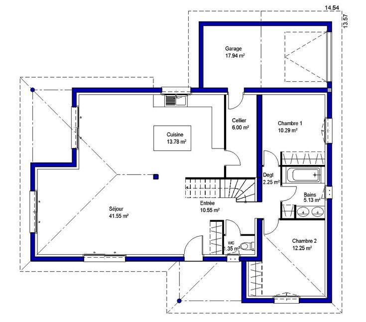 Maison comprenant une vaste zone jour au rez de chaussée avec sa cuisine semi ouverte. 2 chambres au rdc et une zone nuit a l'étage comprenant 2 chambres.