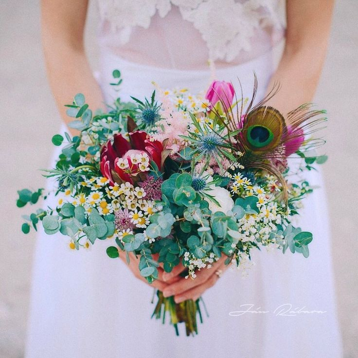 #projektsvadba #wedding #weddingflowers photo by Jan Rabara