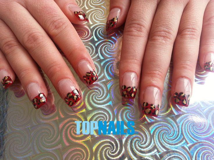 Uñas Acrílicas Naturales con Decorados www.topnails.cl Cel:94243426, saludos Beatriz