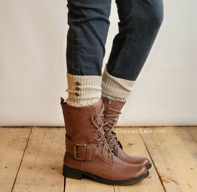 love!: Metals Buttons, Legs Warmers, Lace Up Boots, Socks Items, Cute Boots, Boots Socks, Rubbed Bronze, Bronze Metals, Leg Warmers