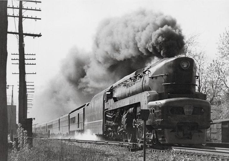 PRR T-1 5525 at speed. It was built at Baldwin Locomotive Works 1945-46