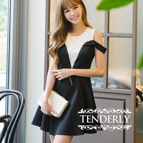 レースミックスのバイカラーノースリーブフレアワンピース - 韓国プチプラパーティードレス通販『TENDERLY DRESS』結婚式二次会お呼ばれ