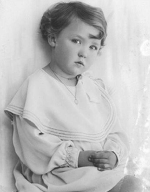 Un'immagine di Oriana all'età di tre anni - Foto - Oriana Fallaci