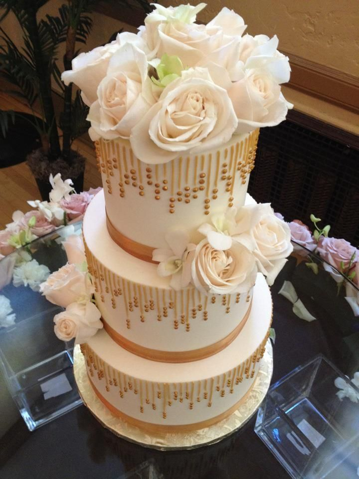 chic and unique wedding cakes best 25 cake wedding ideas on carlos 12654