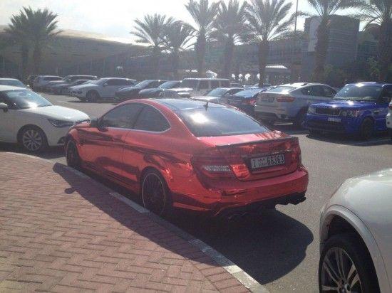 A quoi ressemble un parking d'université à Dubaï - 2Tout2Rien