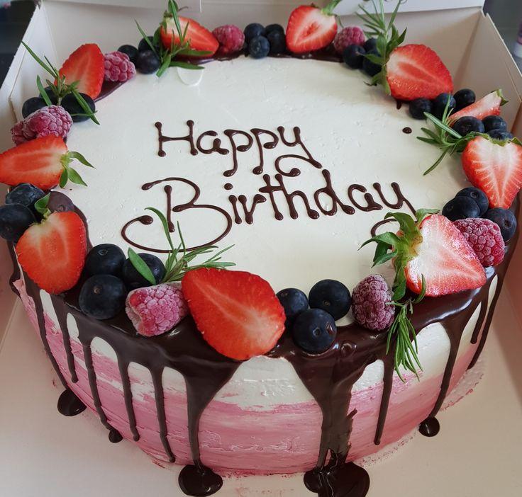 Geburtstagstorte, ohne Fondant, Erdbeertorte, Drip Cake, Naked Cake, Birthday Ca…